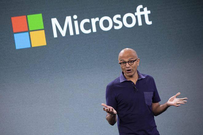Microsoft donne la priorité aux applications et services